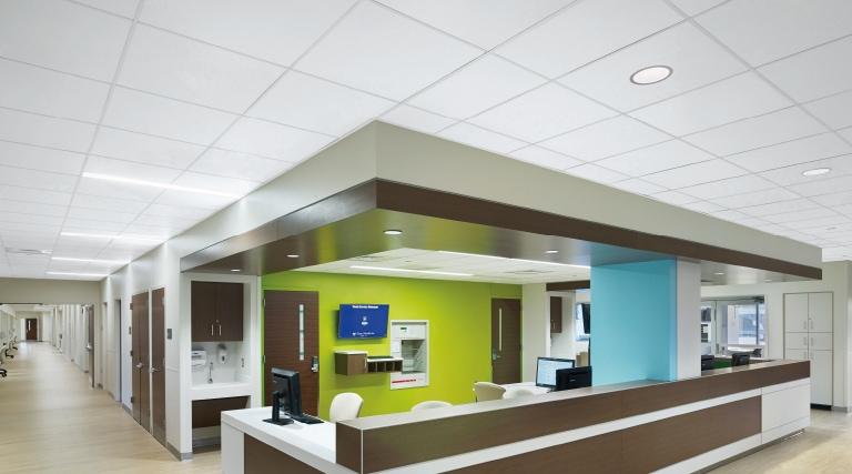 plafond-clinique-medicale